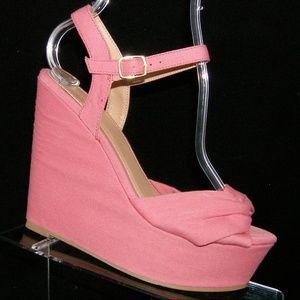 Forever 21 pink twisted sandal platform wedges 7